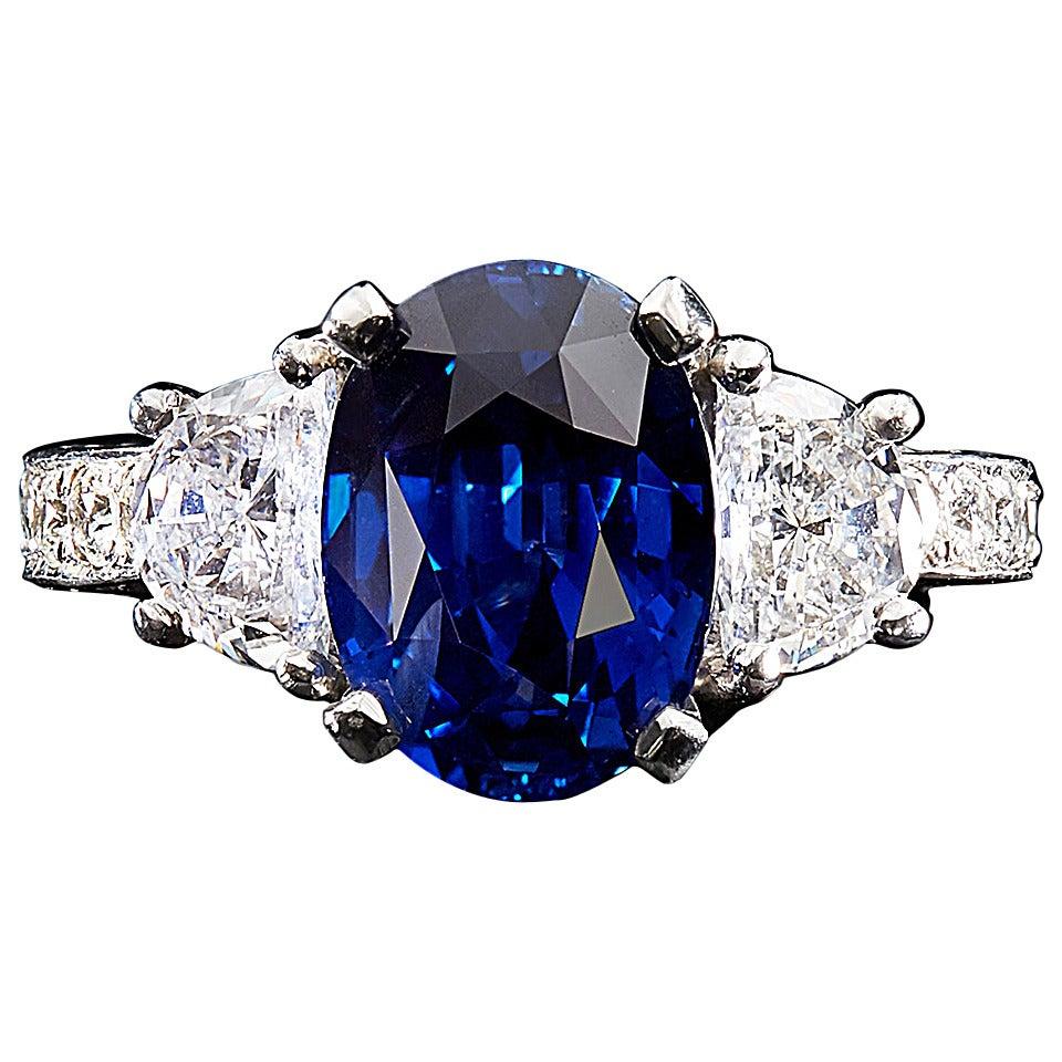 Vivid No Heat Madagascar Blue Sapphire Diamond Ring For Sale