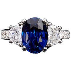 Vivid No Heat Madagascar Blue Sapphire Diamond Ring