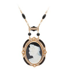 Victorian Cameo Pendant Necklace