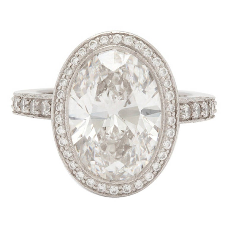 Tiffany and Co 4 78 Carat Custom Oval Diamond Platinum Ring For Sale at 1stdibs