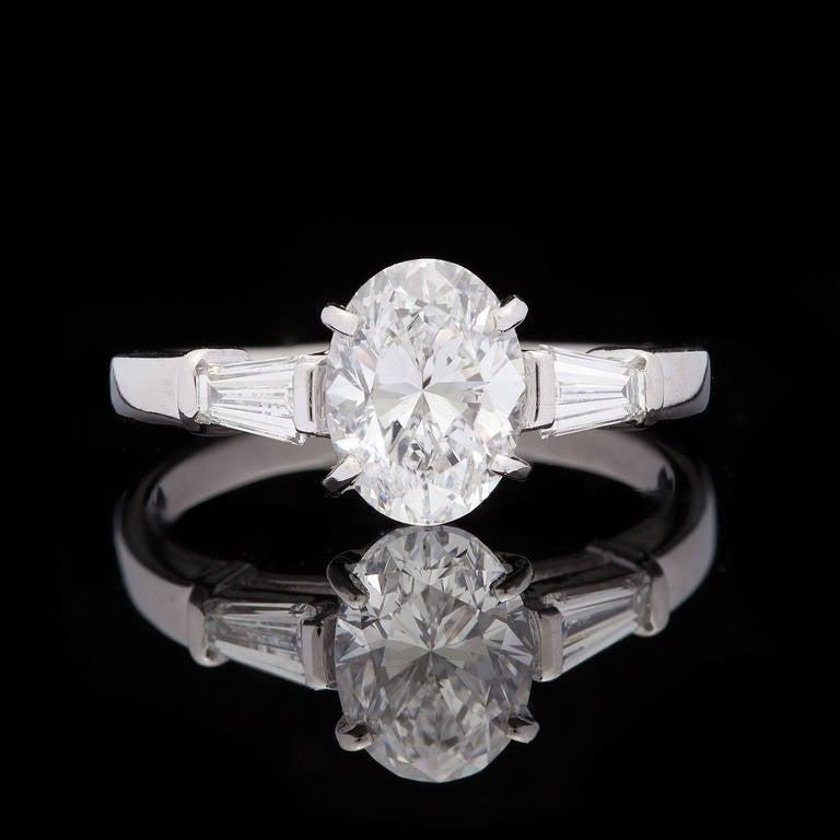 Bulgari Griffe Oval Diamond Solitaire Platinum Ring 2