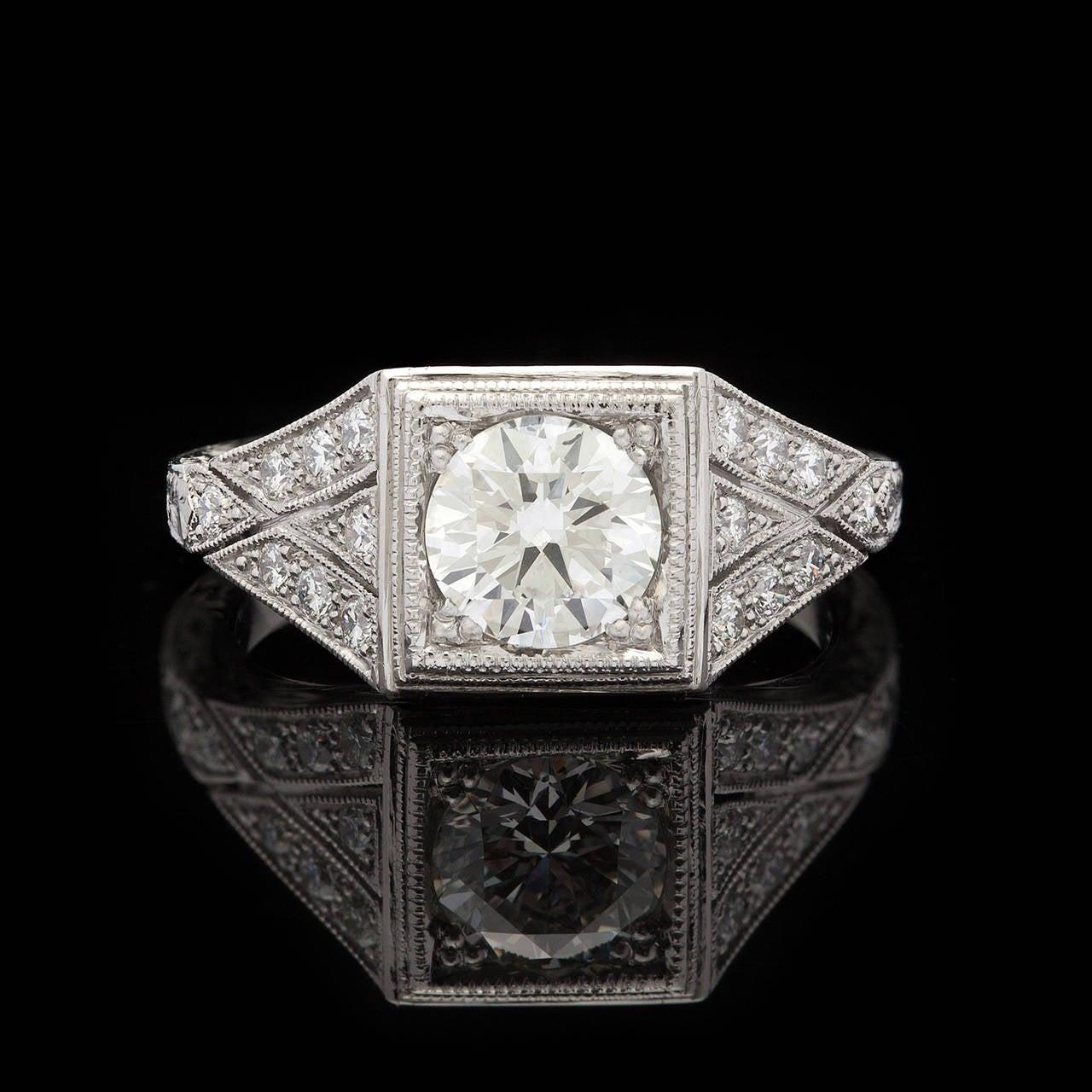 Edwardian 1.05 Carat GIA Certified Diamond Platinum Ring For Sale