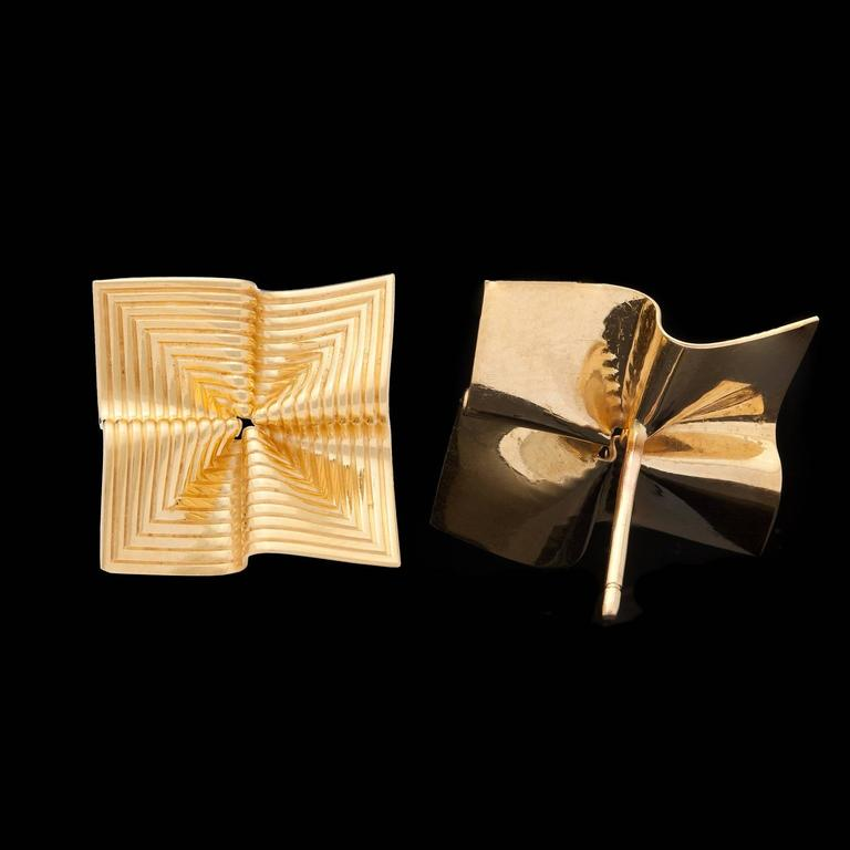 Tiffany & Co. Gold Fluted Earrings 4