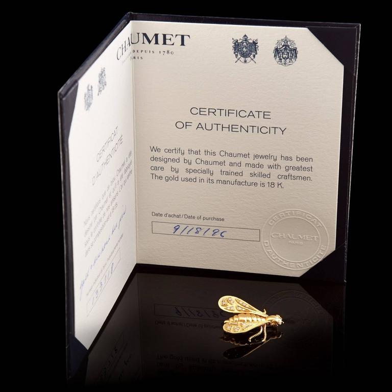 Women's Chaumet Diamond Gold Bee Pin For Sale