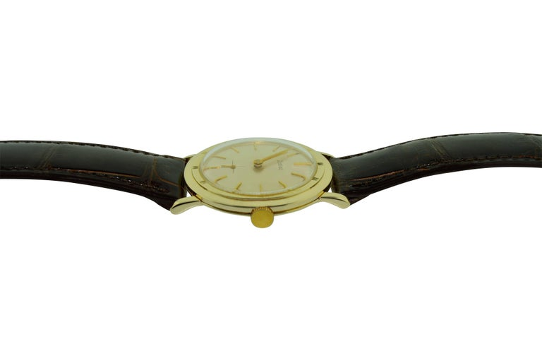 Art Deco Zodiac Yellow Gold Moderne Style Manual Watch, circa 1950s For Sale