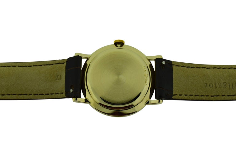 Women's or Men's Zodiac Yellow Gold Moderne Style Manual Watch, circa 1950s For Sale
