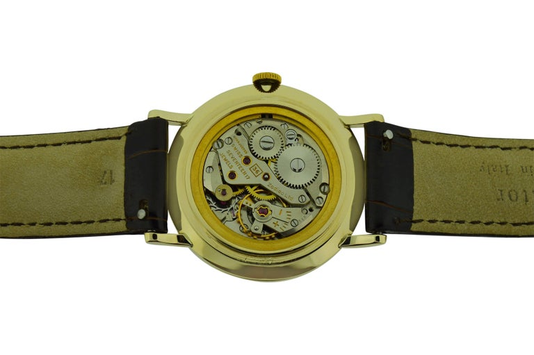 Zodiac Yellow Gold Moderne Style Manual Watch, circa 1950s For Sale 2