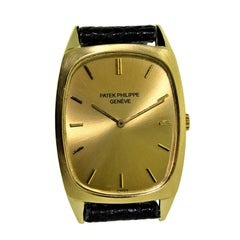 Patek Philippe 18 Karat Yellow Gold Oval Shaped Watch with Original Dial