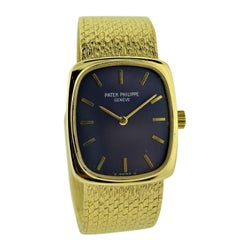 Patek Philippe 18 Karat Gold Ladies Watch with Original Blue Dial, circa 1970s