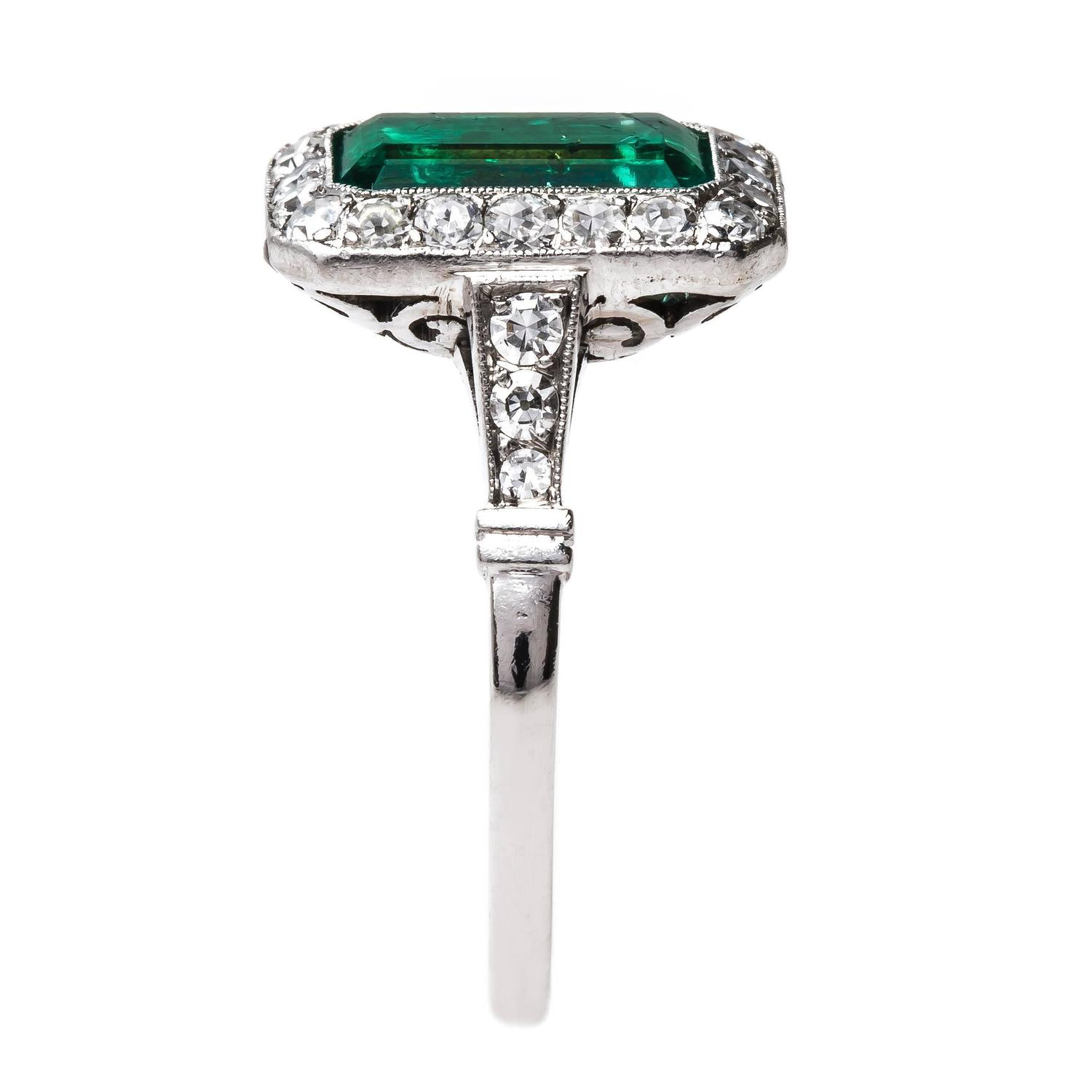 Quintessential Art Deco Colombian Emerald Diamond platinum Engagement Ring at