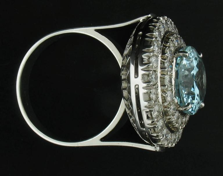 Aquamarine and Diamond Ring in White Gold For Sale 1