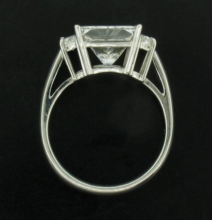 Women's or Men's 4.03 carat Princess Diamond Ring For Sale