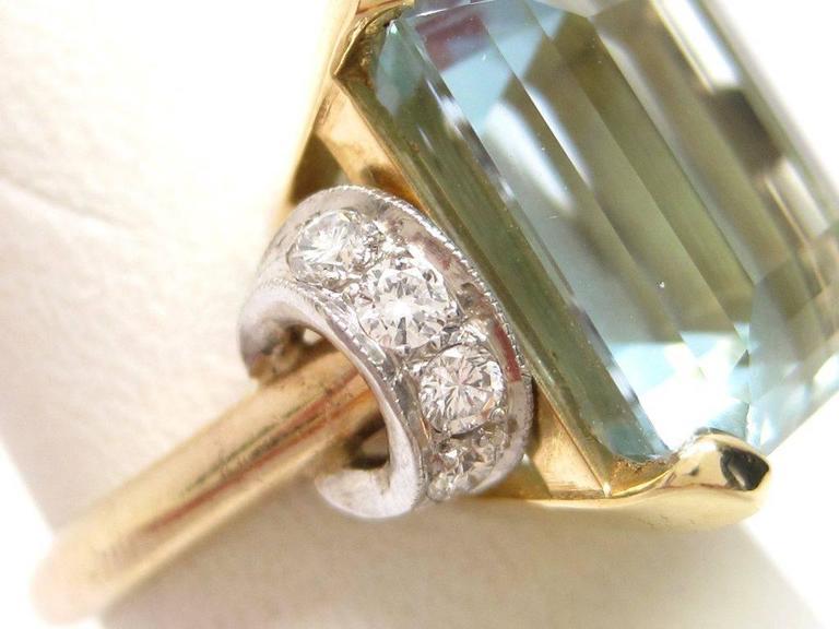 Retro 1950s Aquamarine Gold Platinum Ring For Sale