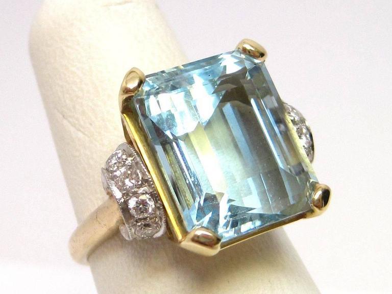 1950s Aquamarine Gold Platinum Ring For Sale 2