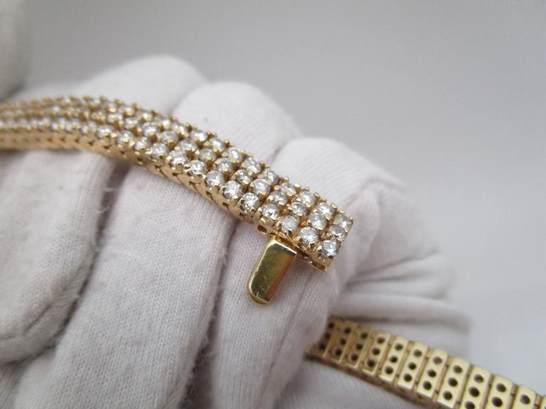 1980s Diamond Gold Bracelet In Excellent Condition For Sale In Lexington, KY