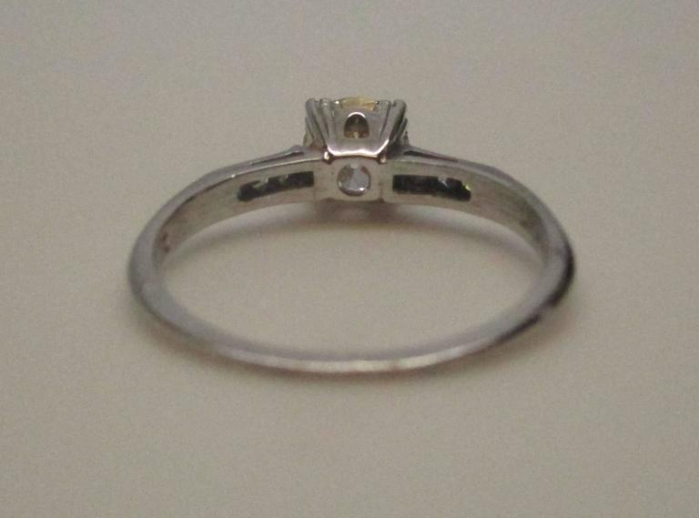 Platinum Diamond Engagement Ring In Excellent Condition For Sale In Lexington, KY