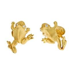 Striding Frog with Diamond Eyes Cufflinks
