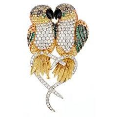 Brilliant Diamond Sapphires and Emerald 18 Karat CAIQUE PARROTS Brooch