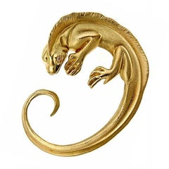Diamonds 18 Karat Yellow Gold Iguana Brooch by John Landrum Bryant