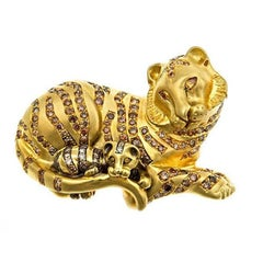 Cognac Diamonds 18k Yellow Gold TIGER AND CUB Brooch by John Landrum Bryant