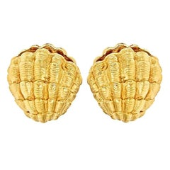 18 Karat Yellow Gold Clam Shell Earrings by John Landrum Bryant