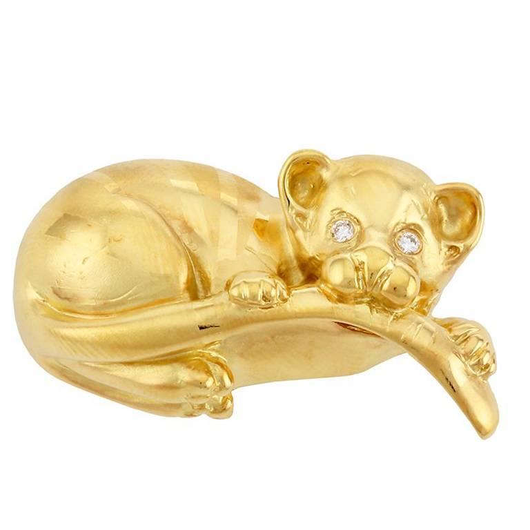 Diamond Eyes 18 Karat Yellow Gold Tiger Baby Brooch by John Landrum Bryant For Sale