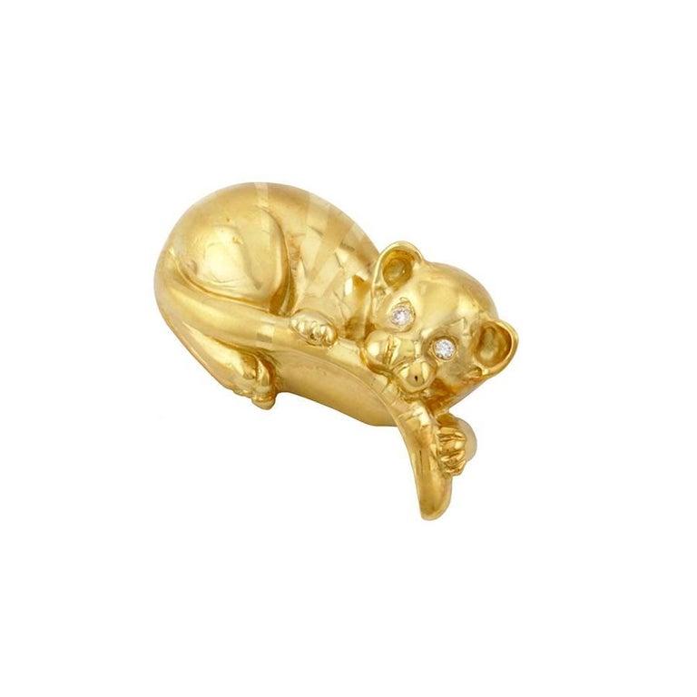 Contemporary Diamond Eyes 18 Karat Yellow Gold Tiger Baby Brooch by John Landrum Bryant For Sale