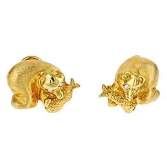 Diamond 18 Karat Yellow Gold Polar Bear Cufflinks by John Landrum Bryant