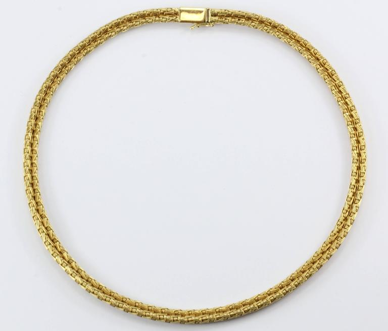 Roberto Coin Gold Woven Silk Necklace In Excellent Condition For Sale In Cape May, NJ