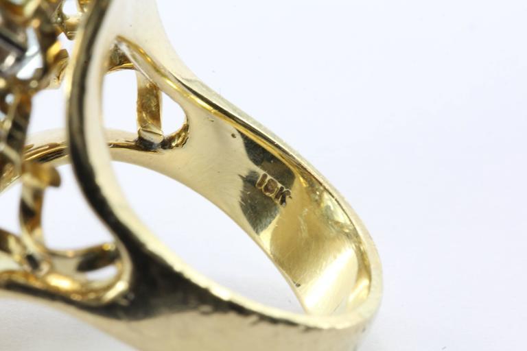 Retro 18 Karat Gold Natural 17 Carat Aquamarine Shire Diamond Tail Ring For 2