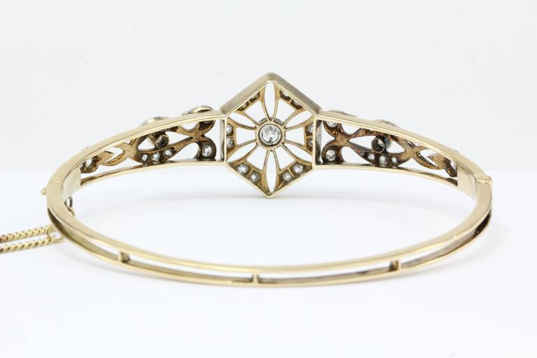 Women's Art Deco Yellow Gold European Cut Diamond Bangle Bracelet, circa 1920 For Sale
