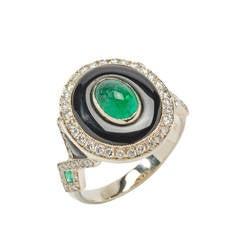 Elegant Onyx Emerald Diamond Gold Ring