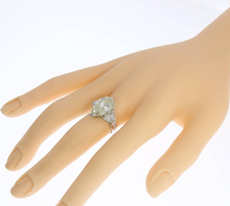 Art Deco Teardrop Diamond Platinum Engagement Ring For Sale 3