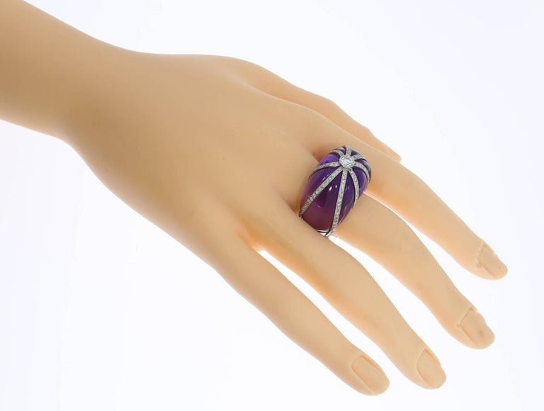 Amethyst Diamond Platinum Dome Ring In Excellent Condition For Sale In Berlin, DE