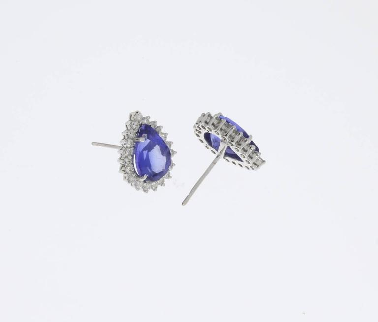 Modern Charming Tanzanite Diamond Gold Stud Earrings For Sale