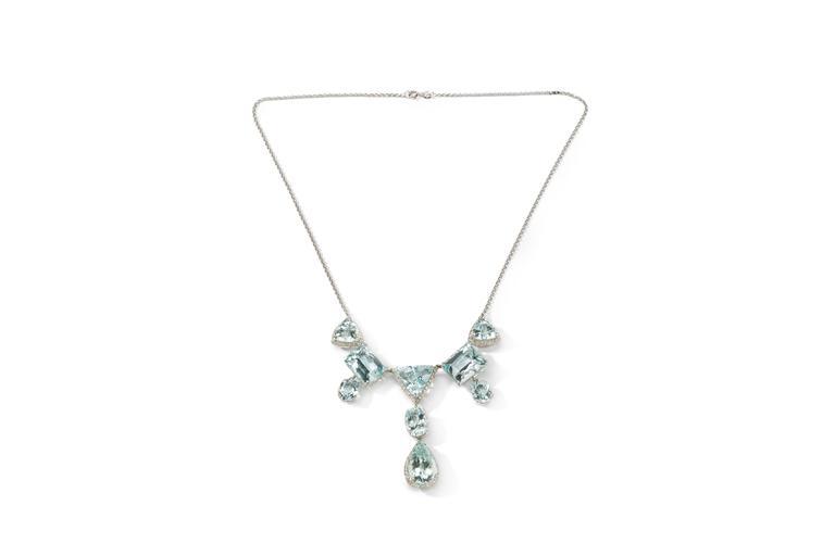Elegant Aquamarine and Diamonds Necklace 2