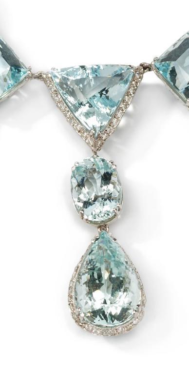 Elegant Aquamarine and Diamonds Necklace 4