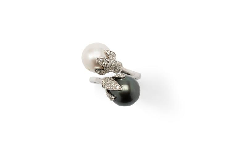 Tahitian and South Sea Pearls Diamonds Gold Ring  2