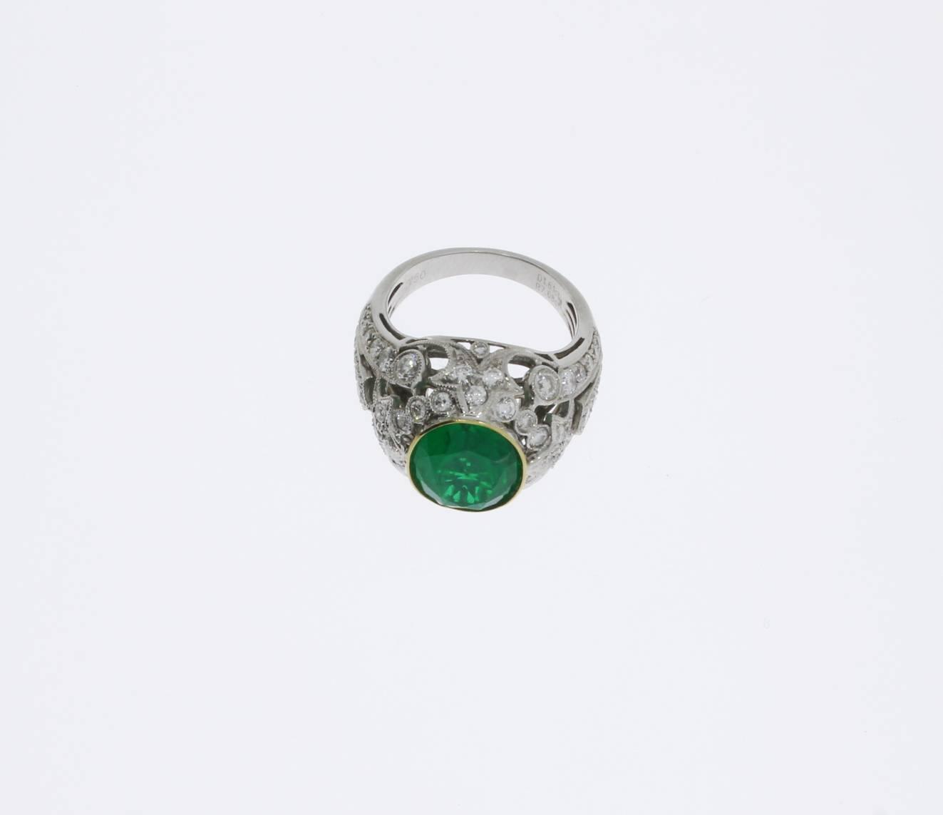 Gorgeous Brazilian Emerald Diamonds Gold Ring For Sale At