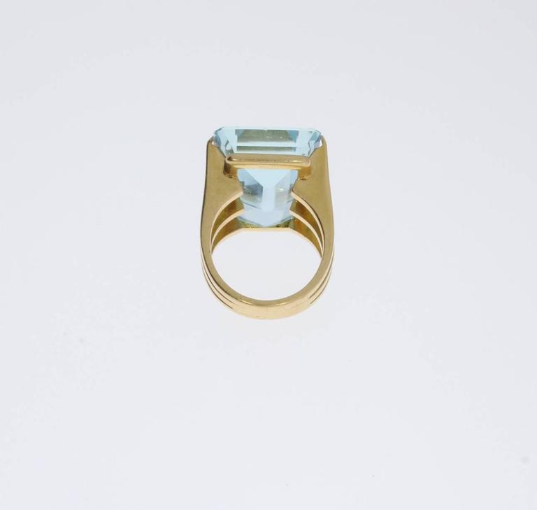 Large Aquamarine Gold Ring 5