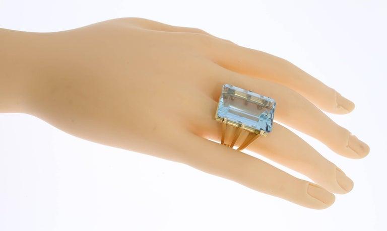 Large Aquamarine Gold Ring 8