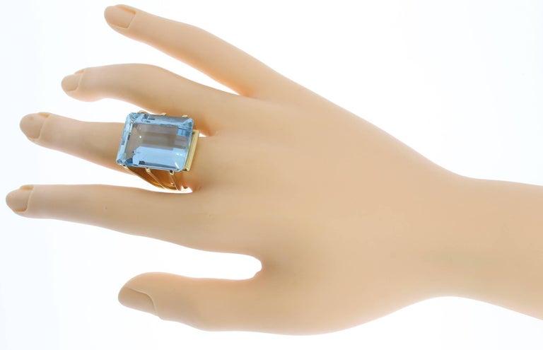 Large Aquamarine Gold Ring 9
