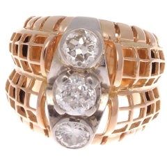 French Three-Stone Diamond Gold Ring