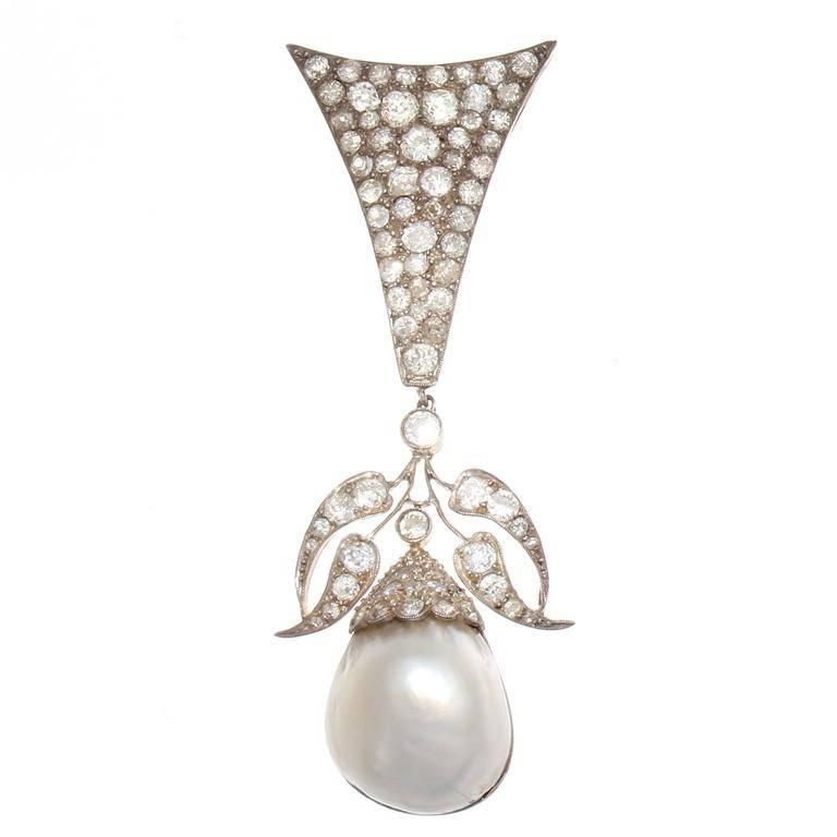 Stylish Victorian Pearl Diamond Gold Silver Brooch/Pendant