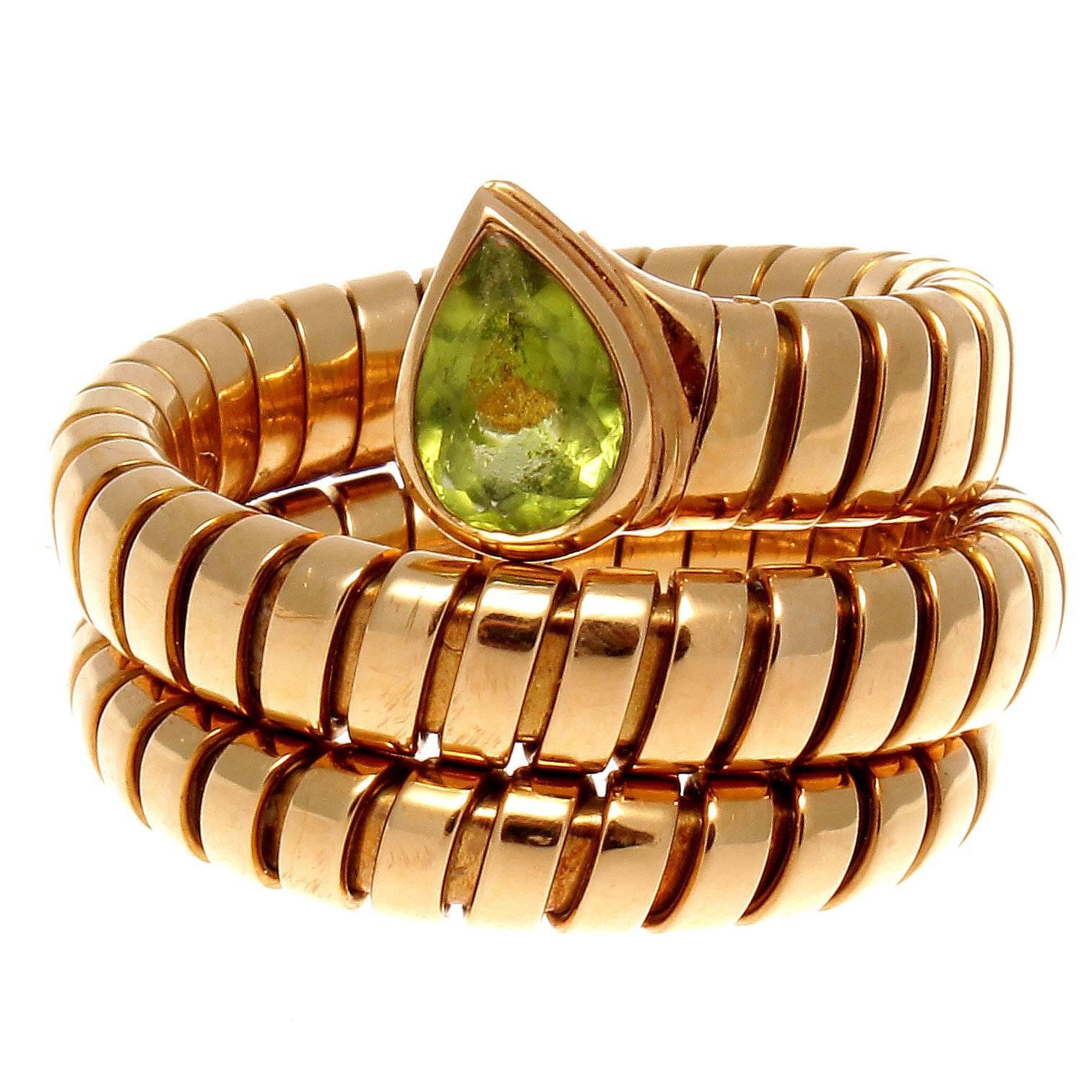 bulgari serpenti tubogas peridot gold ring