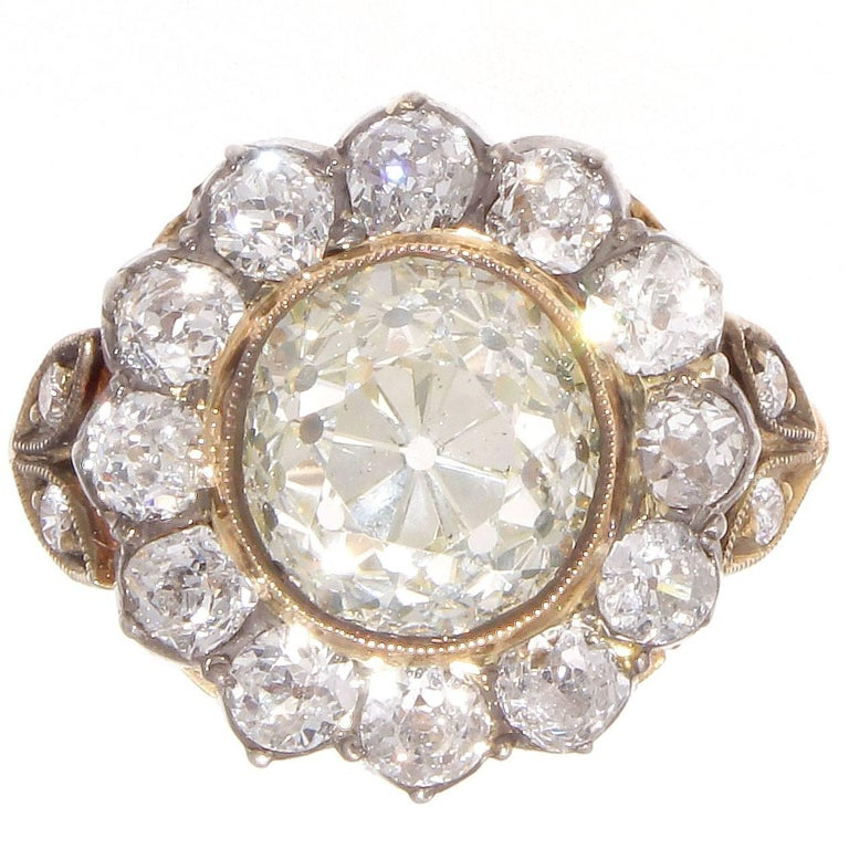 Victorian 2.77 Carat Old European Cut Diamond Gold Cluster Ring For Sale