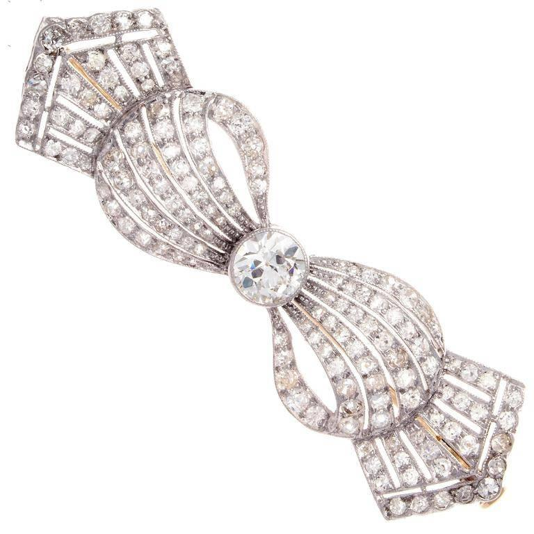 Art Deco Diamond Platinum Bow Brooch