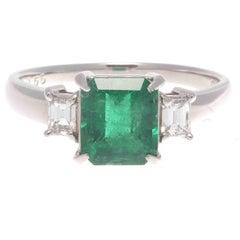 Natural 1.66 Carat Emerald Diamond Platinum Ring