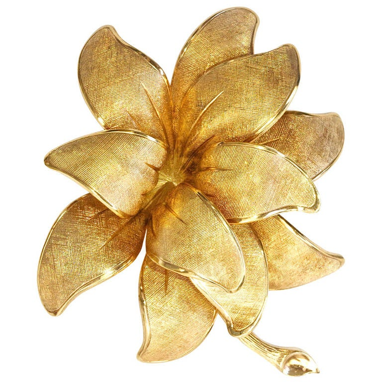 Tiffany Gold Flower Brooch For Sale