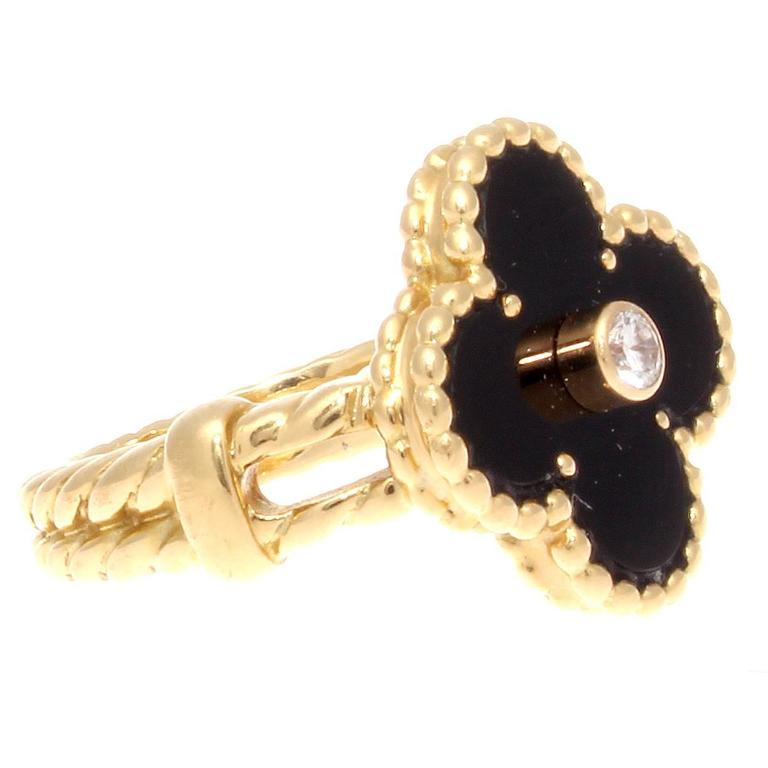 Modern Van Cleef & Arpels Alhambra Onyx Diamond Gold Ring For Sale